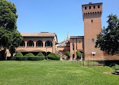 museo del castello e acetaia comunale
